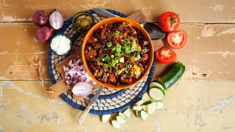 Chili con carne met kidneybonen en courgette