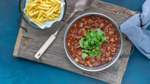 Snelle stoofschotel met rosbief, champignons en frietjes
