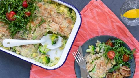 Ovenschotel met slavinken, broccoli en aardappelpuree