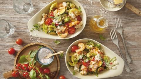 Risottosalade met garnalen, courgette, tomaat en bleekselderij