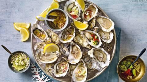 Zeeuwse oesters met drie zelfgemaakte vinaigrettes