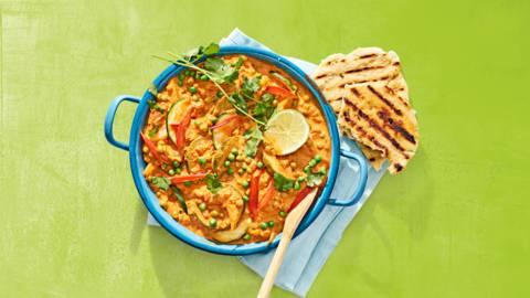 Lente groentecurry met leftover groenten en naanbrood