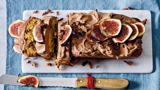 Chocolade-dadelcake met choco-frosting