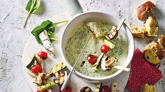 Spinazie-gorgonzola kaasfondue met groenten