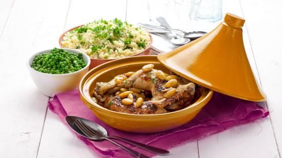 Couscous met gebraden kippenpoten