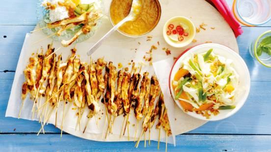 Maleisische kipsate met atjar