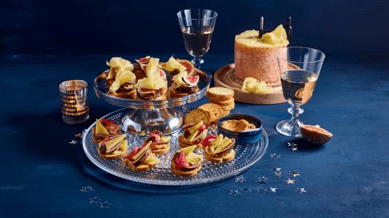 Luxe snacktoast met verse vijgen, Tête de Moine en truffelkaas