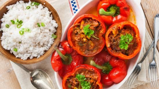 Paprika uit de oven gevuld met Bolognesesaus