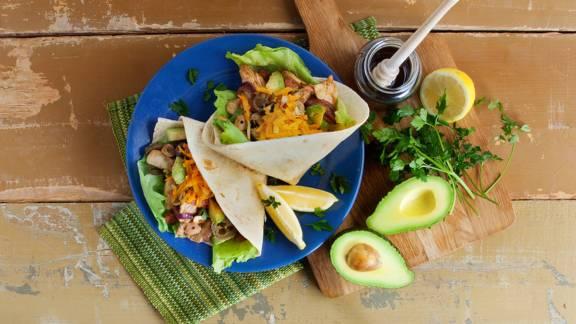 Tortilla's met kip, avocado,honing en jalapeños