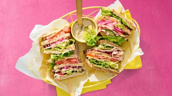 Club sandwich fricandeau met tonijnmayonaise