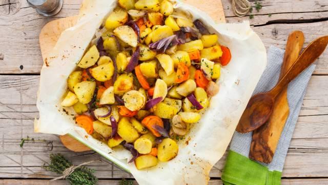 Pastinaak-aardappelschotel uit de oven