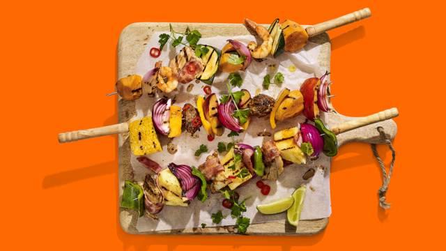 Kip-, vis- en vegashaslicks van de BBQ