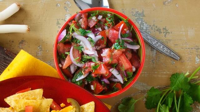 Mexicaanse tomatensalsadip