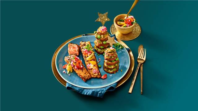 Ovenzalm met zoete aardappel kerstboomtorentjes