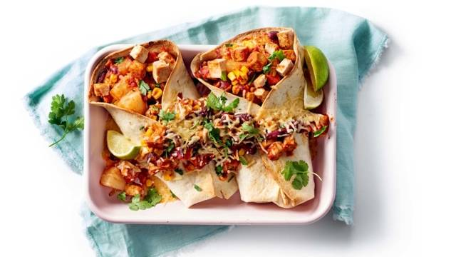 Mexicaanse burrito's met tofu uit de oven