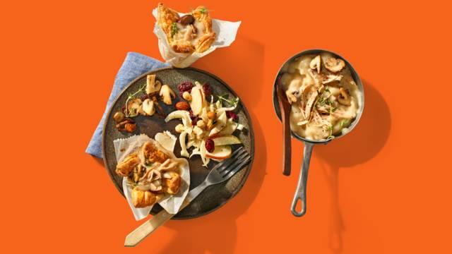 Pasteitjes met kippenragout, paddenstoelen en witlofsalade