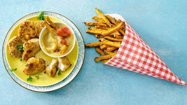 Huisgemaakte kipnuggets met zoete aardappelfrietjes en appelmoes