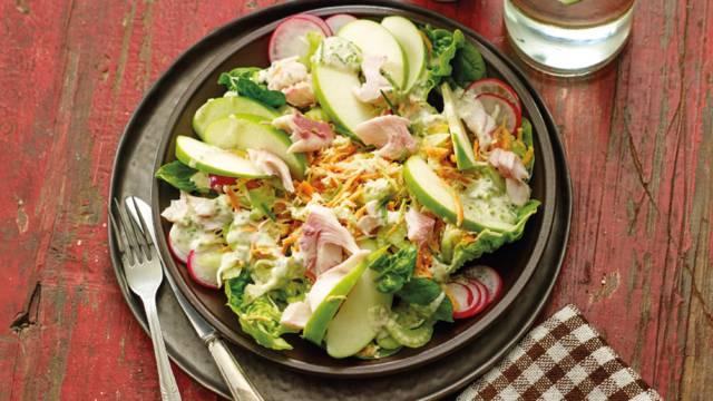 Salade van appel en forel