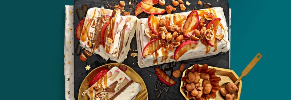 IJstaart met laagjes appel, appel-kaneelbrokken en speculoos van Lidl