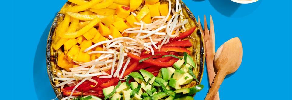 Salade met spicy mango