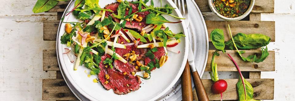 Carpaccio van ossenhaas met een frisse Aziatische salade