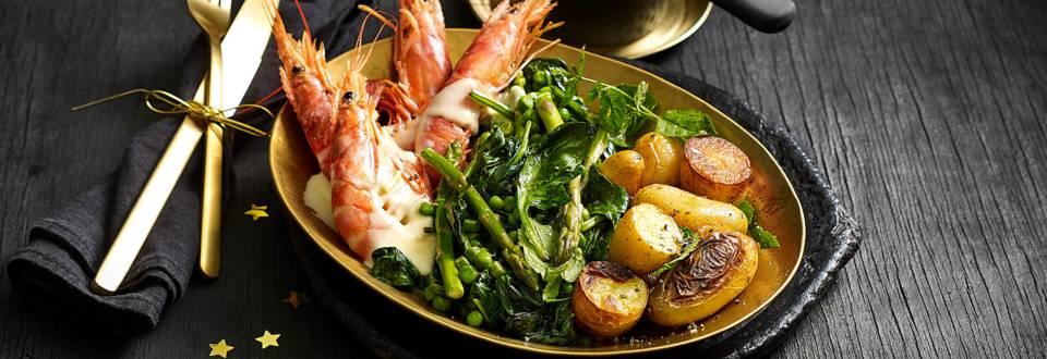 Argentijnse garnalen met beurre blanc saus, spinazie, aspergetips en geroosterde aardappelen