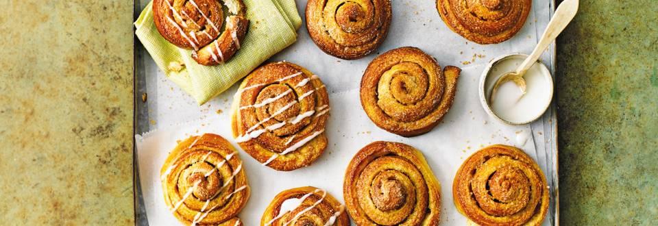 Zweedse kaneelbroodjes met glazuur