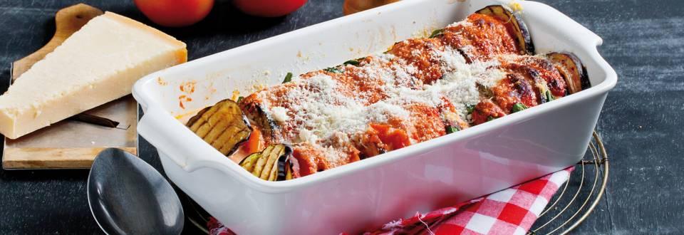 Gegratineerde aubergines met mozzarella en tomaten