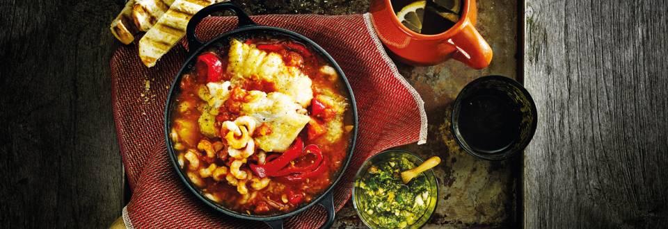 Spaanse visstoof met tomatensaus en picado