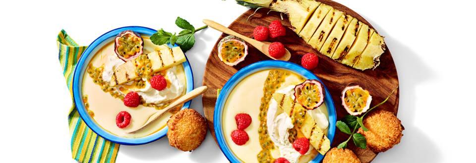 Pinacovlada flip met gegrilde ananas, passievrucht en huisgemaakte kokosmakroon