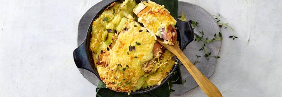 Preirolletjes met ham, kaas en aardappelpuree uit de oven