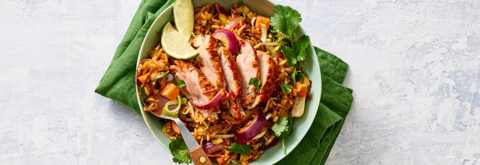 Nasi met varkenshaas, koriander en ketjap