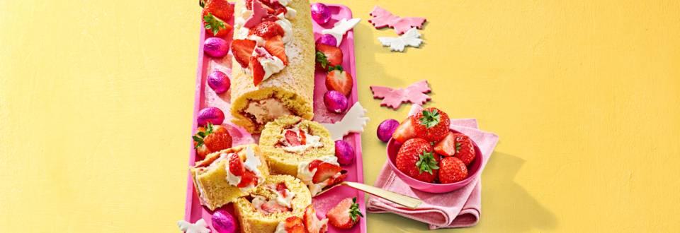 Strawberry cheesecakerol met aardbeien en fondantvlinders