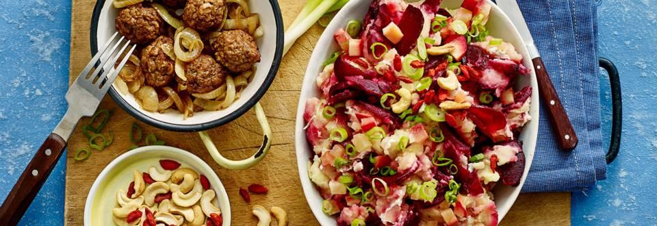 Rode bieten hutspot met vegetarische balletjes