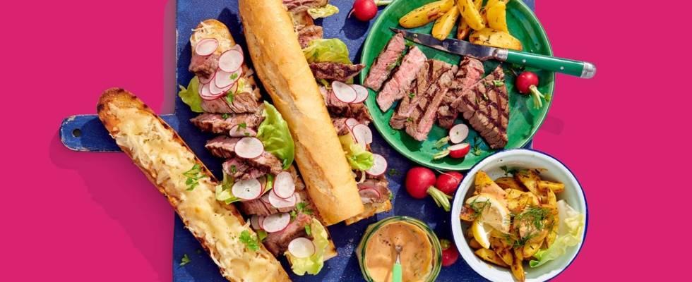 Steak sandwich deluxe met gegratineerde zuurkool, radijsjes en aardappelpartjes